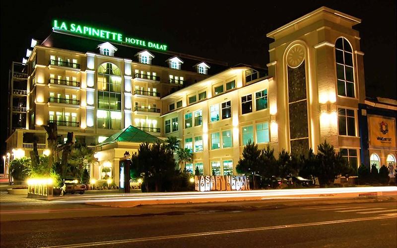 Một trong những khách sạn được du khách chọn lựa khi du lịch Đà Lạt dịp Tết 2021